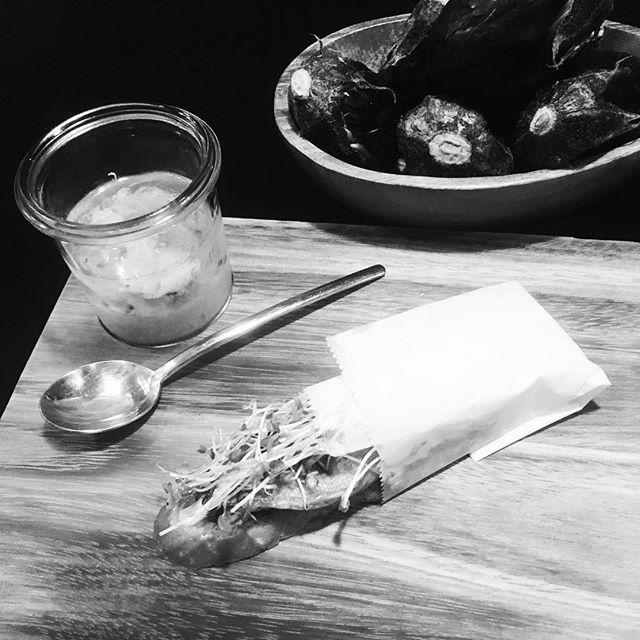 caviar d'aubergine,crab,cumin .  Eggplant,broccoli sprouts& tapenade tartine.#恵比寿 #restaurant #french #ebisu #ici #weck